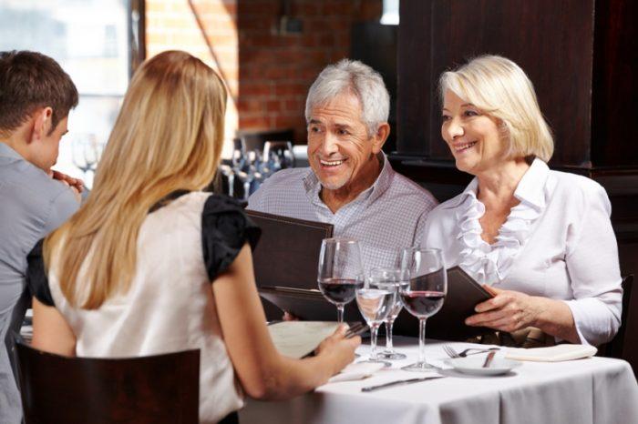 u-restoranu-1417016845-51662